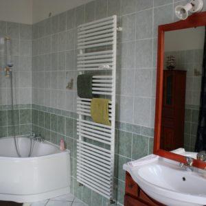 salle de bain chambre au château des boulard